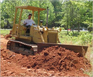 Fiat Allis Bull Dozer Pushing Dirt